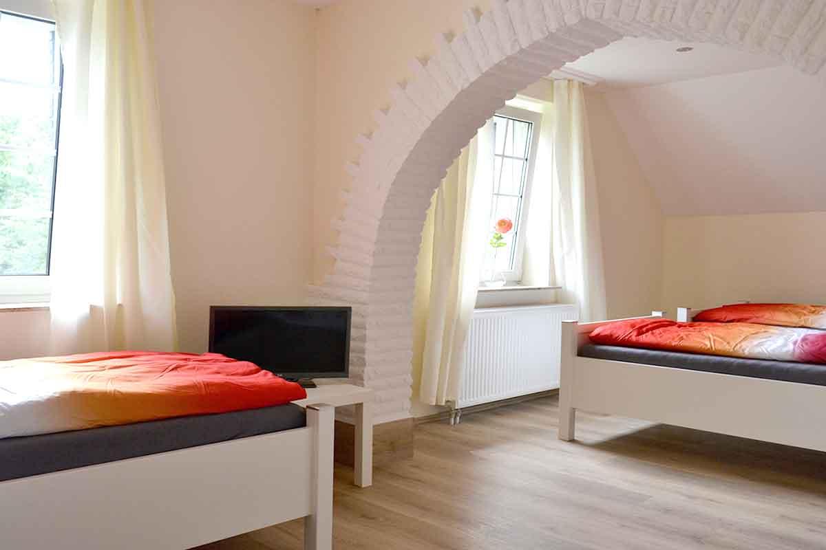 Zimmerbild mit Betten